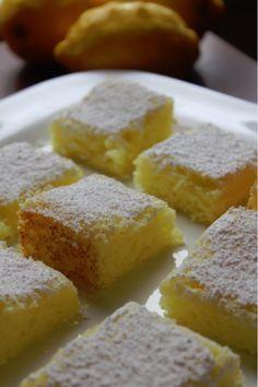Easy 2 Ingredient Lemon Bars Recipe – Tammilee Tips Lemon Desserts, Lemon Recipes, Easy Desserts, Delicious Desserts, Ww Recipes, Healthy Desserts, Eggless Desserts, Dishes Recipes, Summer Desserts