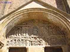 Afbeeldingsresultaat voor romaanse schilderkunst Romanesque, Home Decor, Decoration Home, Room Decor, Romanesque Art, Home Interior Design, Home Decoration, Interior Design