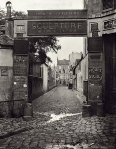 Marville : cour Saint Guillaume