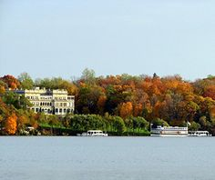 America's Best Towns for Fall Colors: Lake Geneva, WI. From Travel & Leisure.http://www.travelandleisure.com/articles/americas-best-towns-for-fall-colors/10