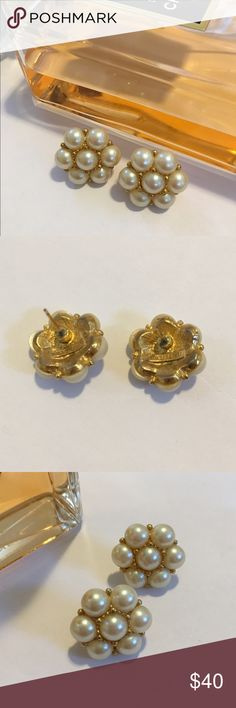 Stunning vintage Richelieu pearl earrings Lustrous and stunning pearl and gold earrings. Vintage 1960's Richelieu post earrings. Excellent condition and gorgeous! These are cultured pearls prized for their amazing quality. Classic one of a kind earrings❤❤❤ I love offers 😃 Richelieu Jewelry Earrings