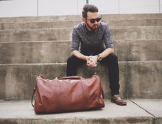 By using strong and durable leather as well as a lining which is made of a tough water resistant waxed denim, the Leather Duffle by Johnny Fly is ideally designed to be your weekend companion.