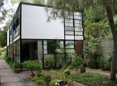Eames house built by Charles and Ray Eames who just might be cousins.