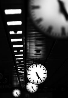 Time goes by! - Photo by Erik Schottstaedt, © 2011-2013. S)