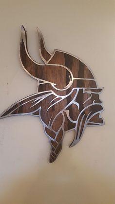 Viking Head, Viking Art, Football Wall, Welding Art, Welding Ideas, Photo On Wood, Minnesota Vikings, Yard Art, Wood Carving