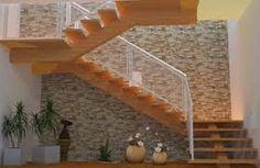 Resultado de imagem para escadas para salas pequenas