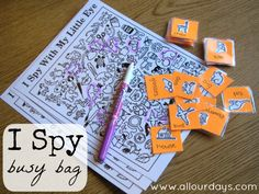 I Spy Bag Ocupado (1 of 5 ideas Dry Erase Bolsa Ocupado) 31 Días de Bolsa ocupados y Activities@AllOurDays.com Quiet Time