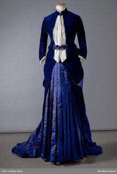 Dress in silk and velvet from August Lundin syatelier in Stockholm in 1885