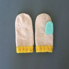 Pastel Handknitted Mittens от WhiteNoiseMaker на Etsy