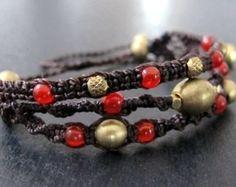 Macrame boho bracelet malachite micro macrame por Mediterrasian