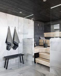 Modern House - Marble Tile - Sauna Design - Steam Room - Home Spa Home Interior, Bathroom Interior, Interior Architecture, Saunas, Scandinavian Bathroom, Scandinavian Modern, Sauna Design, Finnish Sauna, Sauna Room