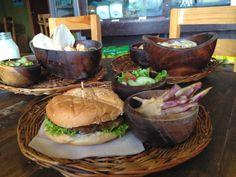 Yummy summer eats at the Gawad Kalinga Enchanted Farm Cafe :) Farm Cafe, Love Eat, Allrecipes, Enchanted, Philippines, Hamburger, Dishes, Ethnic Recipes, Summer