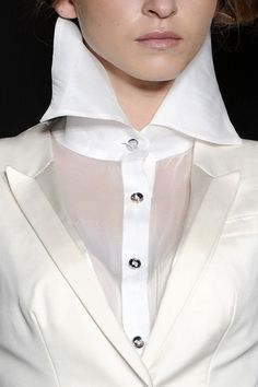 Over sizedPointed Collar  Corrie Nielsen Spring Summer 2012.