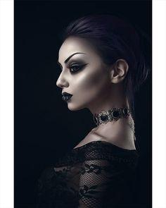 800 отметок «Нравится», 22 комментариев — Darya Goncharova (@darya_goncharova_) в Instagram: «. Choker: @mysticthread Black Lenses: @pinkyparadisedotcom Lashes: @rouge.and.rogue Model/…»