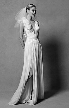 Grecian wedding dress. I want THIS without the ruffle though