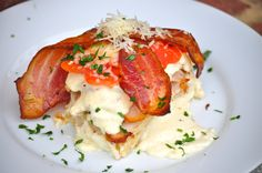 The Original Kentucky Hot Brown (recipe courtesy of the original creator Joe Castro ~ The Brown Hotel Louiseville Kentucky) This makes FOUR Sandwiches. Turkey Recipes, Great Recipes, Dinner Recipes, Favorite Recipes, Restaurant Recipes, Dinner Ideas, Delicious Recipes, Chicken Recipes, Paninis