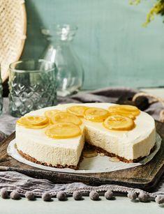 Sitruunainen juustokakku saa teränsä italialaisesta likööristä. Tämä kakku ei sovi lapsille!