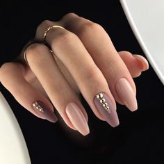 Nude colour nail art