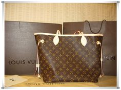 Neverfull Is The Best Choice To Send Your Friend As A Gift. Just $227.99!!! #Louis #Vuitton #Handbags