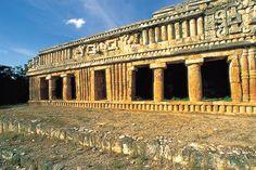 Zona arqueológica de Sayil, Yucatán / Ignacio Guevara