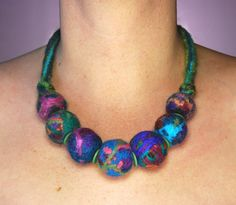 Upcycled Wool Necklace by Ansley Bleu via Flickr. Felt cords & beads from yarn scraps.