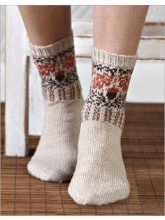 Ravelry: Oak + Acorn Socks pattern by SpillyJane Wool Socks, Knitting Socks, Knitting Daily, Acorn And Oak, Fingerless Mitts, Knitting Magazine, Colorful Socks, Sock Shoes, Leg Warmers