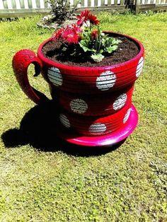 Tire Garden, Lawn And Garden, Indoor Garden, Garden Art, Garden Beds, Outdoor Gardens, Garden Design, Teacup Flowers, Flower Pots