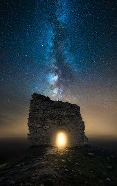 ~~BIFRÖST   Milky Way skies over Parc national des Ecrins, south-eastern France…