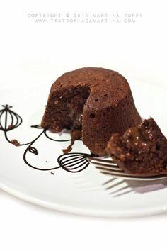 Tortino caldo al cioccolato con cuore fondente