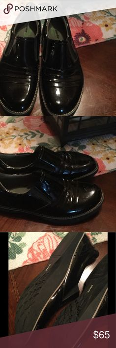 Earth prestige Kalso loafer Earth loafer patent slip on size 8 Earth Shoes Flats & Loafers