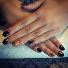Black ♡ Gold