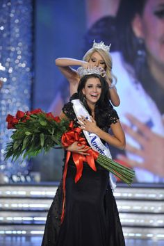 .There she is.Our Miss America 2012.Wisconsin is SO proud of you Laura!.<3. WOOOHOOO LAURA!!!