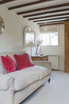 Janet Barbour Painted Interiors, creative and imaginative interior painting for your home.