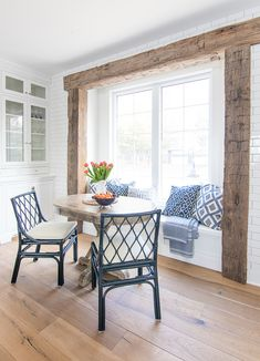Breakfast Nook Navy Chairs - The Lilypad Cottage - Lake house rustic beams breakfast nook navy chairs – April 2018 - White Farmhouse Kitchens, Modern Farmhouse Decor, Casa Rock, Breakfast Nook Table, Kitchen With Breakfast Nook, Rooms Ideas, Coastal Living Rooms, Family Room, Sweet Home