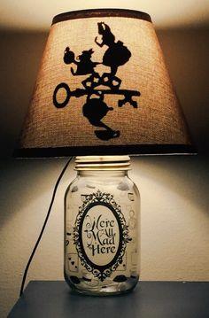 Alice im Wunderland inspirierte Einmachglas von PracPerfCrafts