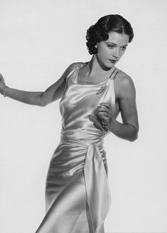 Eleanor Powell. Old Hollywood Glamour, Golden Age Of Hollywood, Vintage Glamour, Vintage Hollywood, Vintage Beauty, Classic Hollywood, Eleanor Powell, Colleen Moore, Glamour Shots