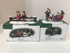 Lot 2 Department 56 Christmas Village Accessories Winter Sleighride Holly Fence #Department56