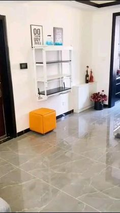 Diy Furniture Hacks, Folding Furniture, Space Saving Furniture, Home Decor Furniture, Furniture Design, Wall Mounted Dining Table, Dining Table Design, Foldable Dining Table, Cheap Dining Tables