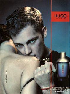 Reklama perfum Hugo Boss Dark Blue