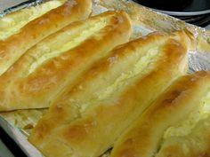 Khachapuri (vatrushka with cheese) – Georgian cheese stuffed dough pastries