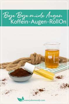 """"""" mit dem Koffein-Augen-Roll-On – Jules Moody This homemade eye roll-on helps with coffee against tired eyes, eye bags, shadows under the eyes and gently cares for the delicate eye skin! Diy Crafts For Boyfriend, Bye Bye, Diy Shampoo, Tired Eyes, Diy Spa, Eye Roll, Vegan Beauty, Diy Skin Care, Diy Cleaning Products"""