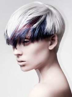 Whether you're a hardcore fan of punk music or just want to try a really special look, test these new short punk hairstyles for women with amazing haircuts and punk hair color ideas! Short Punk Hair, Short Hair Cuts, Short Hair Styles, Short Blonde, Long Hair, Creative Hairstyles, Trendy Hairstyles, Colored Bangs, Hair Expo