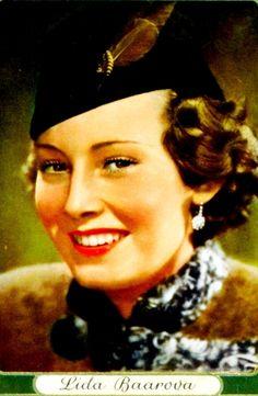 Lida Baarova 1930s Fashion, Movie Stars, Superstar, Fashion Beauty, Europe, Actors, Film, Celebrities, Classic