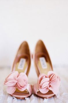 pretty pink bridal shoes // brides of adelaide magazine