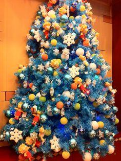 "A ""Simpsons"" themed tree at Universal Studios, Orlando, FL."