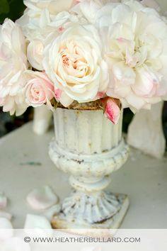 urn of white