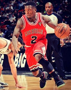 Nate Robinson wears Yeezy 2s on the court