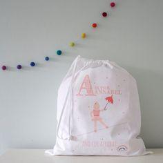 White Drawstring Bag : Personalised Name Bag - Storage Bag - Shoe Bag - Toy Bag - Book Bag - PE Kit Bag - Sports Bag - Child - Baby - Kids