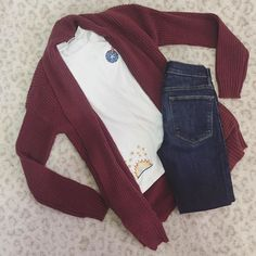 The quintessential fall outfit  #ootd #flatlay #fallfashion #sweaterweather #musthave #newarrivals #stylediaries #instalove #fashionista #instafashion #shoplocal #boutique #dcstyle #style #shoprefine #refineyourstyle #dcfashion #girlsinframe
