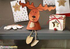 Un renne de Noël, tout mignon, à poser ou à suspendre pour décorer la maison. C'est un DIY très simple que les grands peuvent facilement réaliser seuls.